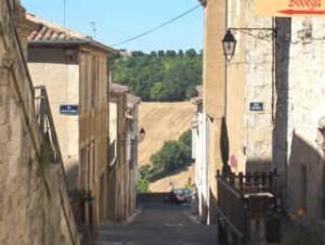 Rue où est né le Maréchal Lannes.