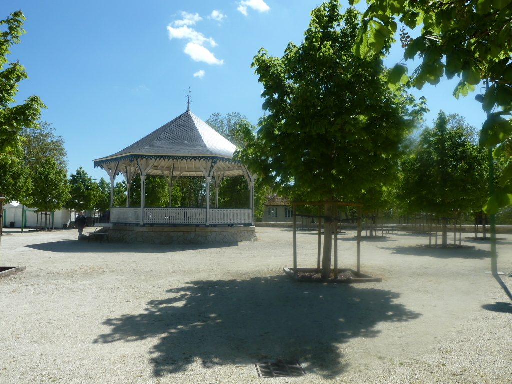 promenade bastion kiosque