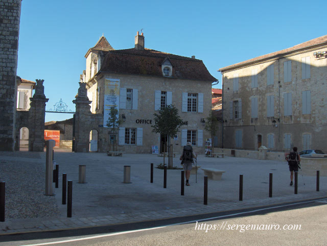 photos-place-mairie-lectoure-serge-mauro